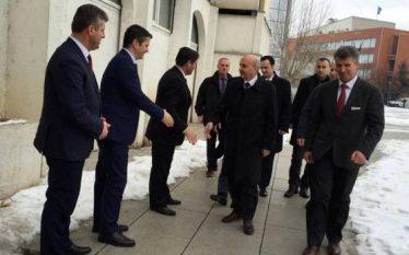 Kryeministri lavdëron ATK-në, thotë se po bën punë të mirë…
