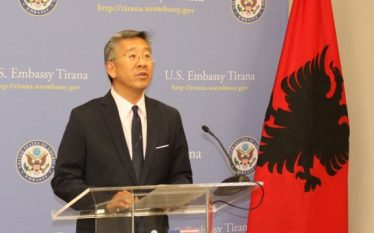 Ambasada e SHBA-së: Shqiptarët dhe amerikanët lidhje të thellë dhe…