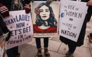 CNN raporton për protestën e grave në Prishtinë (Foto)