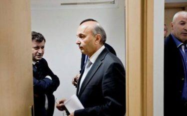 Isa Mustafës i del edhe një deputet tjetër kundër demarkacionit