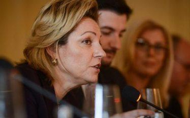Shefja e zyrës së BE'së ripërsërit se Demarkacioni është kusht…