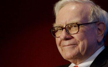 Buffett vlerëson kontributin e emigrantëve në progresin amerikan
