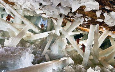Zbulohet jetë 60,000 vjeçare në kristalet e një shpelle në…