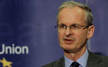 Zyrtari i lartë i BE-së nuk i lë zgjidhje Serbisë…