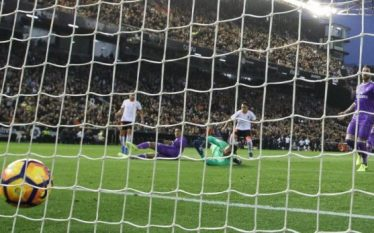 Valencia tronditi Real Madridin (Video)