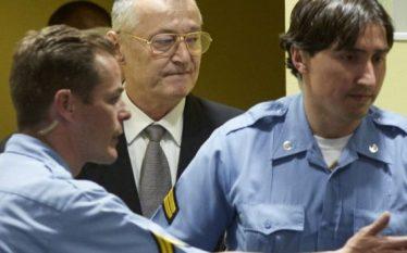 Rikthim në burg dhe rigjykim për ish-zyrtarët serbë të dyshuar…