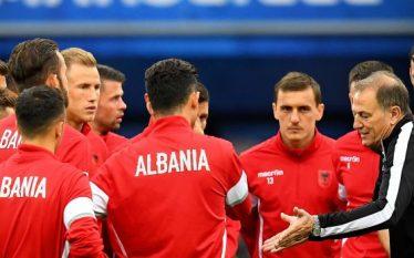 Trajneri italian refuzon Shqipërinë (Foto)