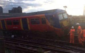 Del nga shinat treni, ka të lënduar (Foto)