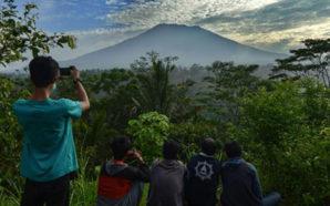 Rreziku nga vullkani, evakuohen 50 mijë vetë në Bali