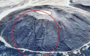 Zbulohen disa gurë misterioz në Arabinë Saudite përmes Google Earth
