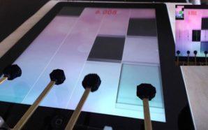 Roboti thyen rekord në piano keyboard
