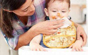 Paralajmërimi i mjekëve: Mos e pastroni kurrë fëmijën tuaj me…