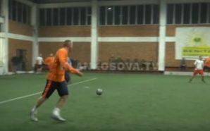 Klinë, futboll midis hoxhallarëve e priftërinjve (Video)