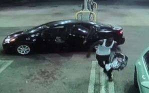 Vjedh veturën duke mos ditur se prapa ishte ulur foshnja