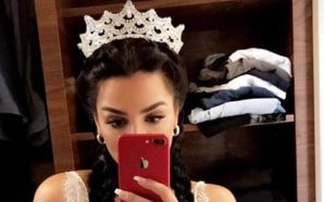 Pse Morena Taraku nuk e dorëzon Kurorën e Miss-it 2010?