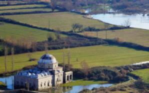 Xhamia shqiptare në mesin e objekteve më të bukura në…
