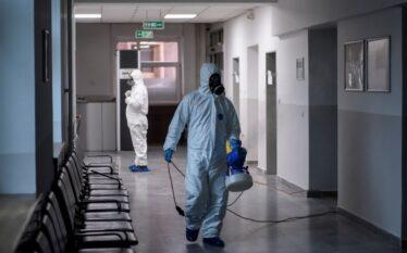 4 vdekje dhe 153 raste të reja me COVID-19